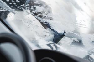 Quitar el hielo del limpiaparabrisas - desguacesn430.com