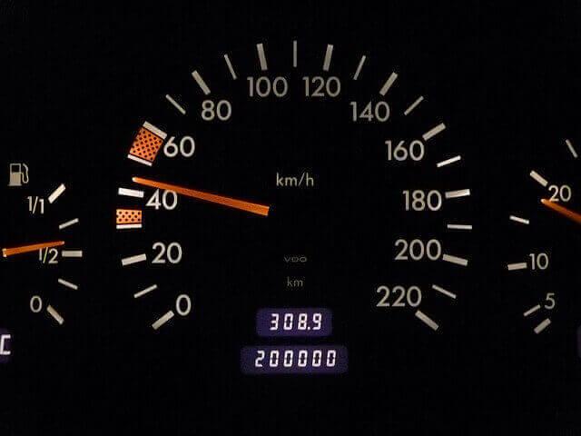 cuentakilometros de coche digital desguacesn430