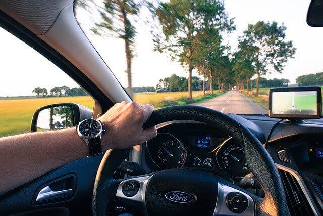 conducir con las ventanillas subidas en carretera desguacesn430